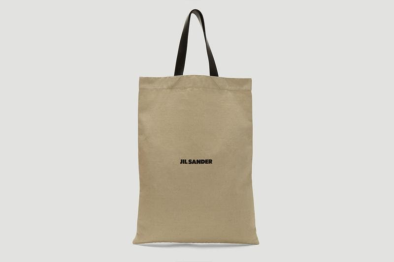 Prime Reasons Of Using Promotional Canvas Bags