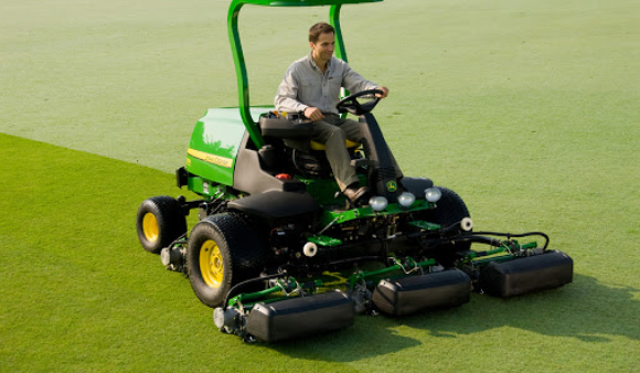 Know What To Avoid While Buying a Quality Used Golf Mower